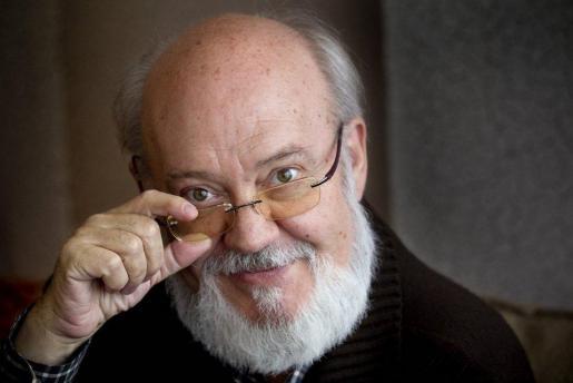 """Murió el cineasta español José Luis Cuerda, director de """"Amanece, que no es poco"""""""